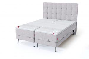 Sleepwell RED motorinė lova / RED Aratorp galvūgalis, šviesiai pilka spalva